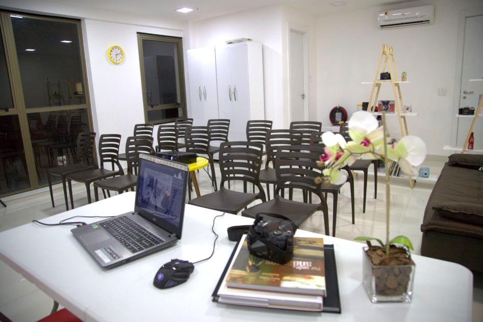 Utilização da sala para Aulas (capacidade 15 alunos)